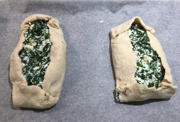 mixed,spinach,and,cheeses
