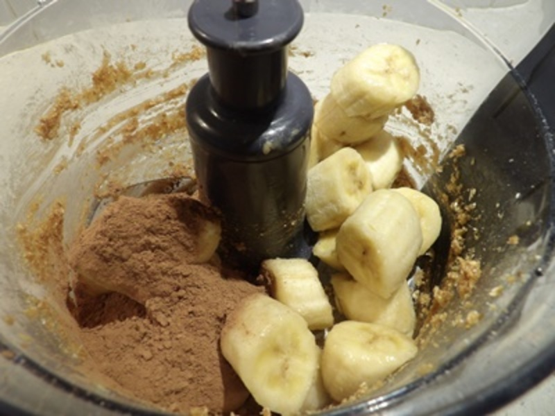 putting,ingredients,into,processor