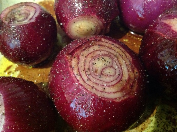 Red onions, salt, pepper