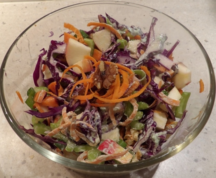 red,cabbage,salad,with,orange,chicken