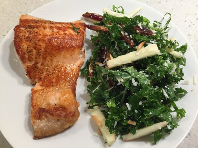 salmon,with,kale,and,apple,salad