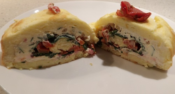 savoury,swiss,roll,with,cream,cheese,sundried,tomatoes,pinenuts