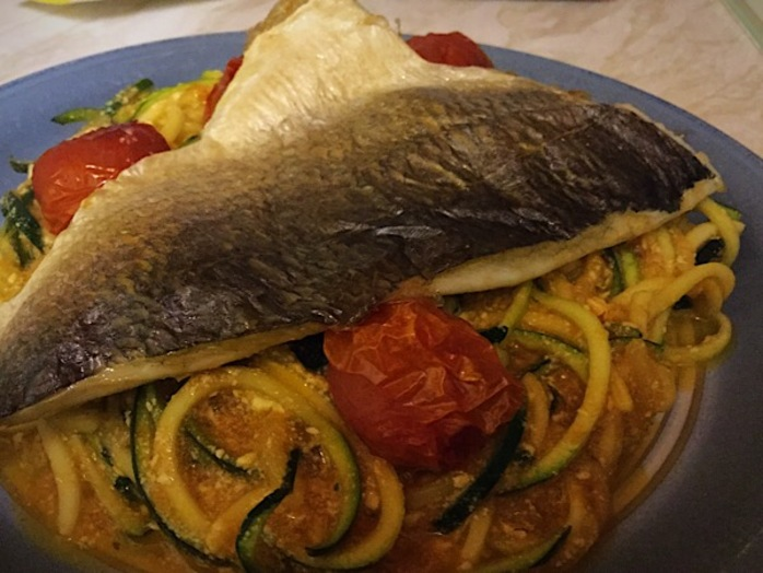 Sea bream, Courgetti, tomatoes, fish
