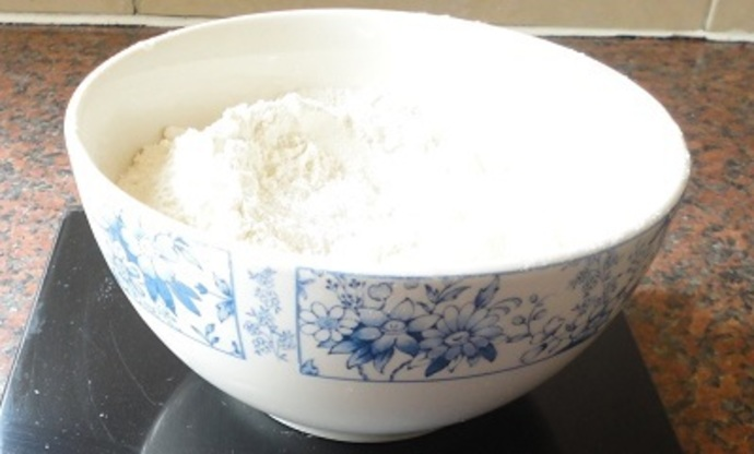 Self-raising flour Baking powder