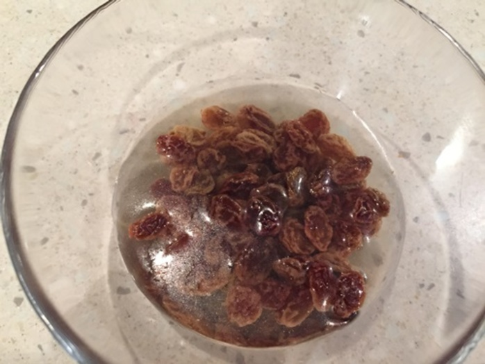 soaking,sultanas