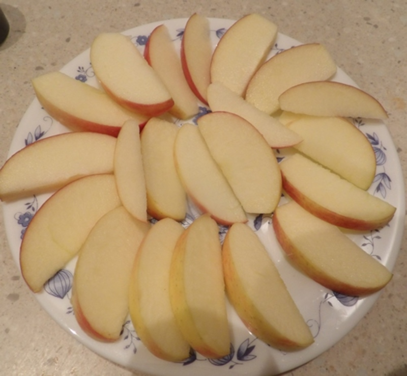 chopping,apple,for,apple,nachos,and,chocolate