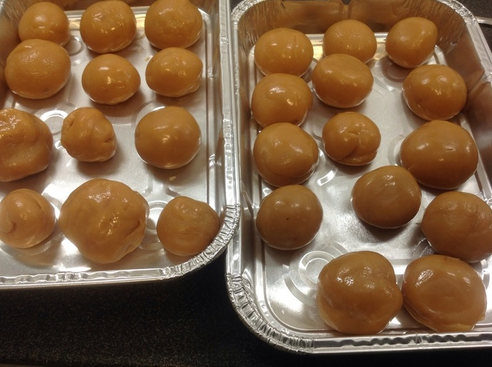 Squishy toffee balls