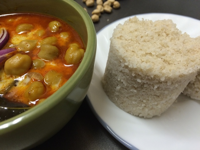 Steamed Rice Cake with Chickpea curry