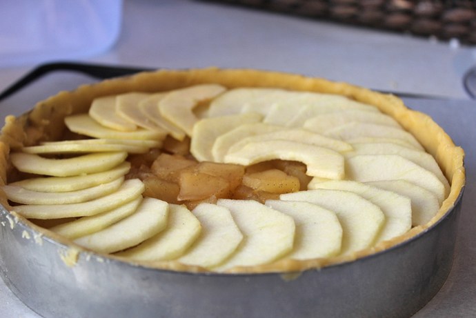 sweet apple tart, tarts, pastry, patisserie, tarte aux pommes, winter desserts, warm desserts, apple pie