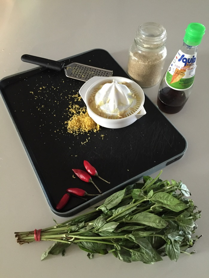 Tasty Easy Thai Lemon And Chilli Sauce ingredients