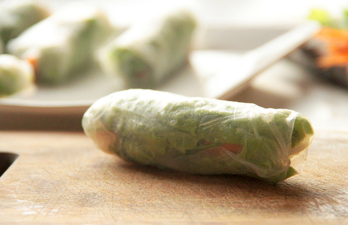 how to make rice paper rolls, gluten free healthy dish