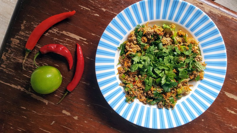Beef mince and lime juice  - Thai Beef Mince with Mint and Coriander