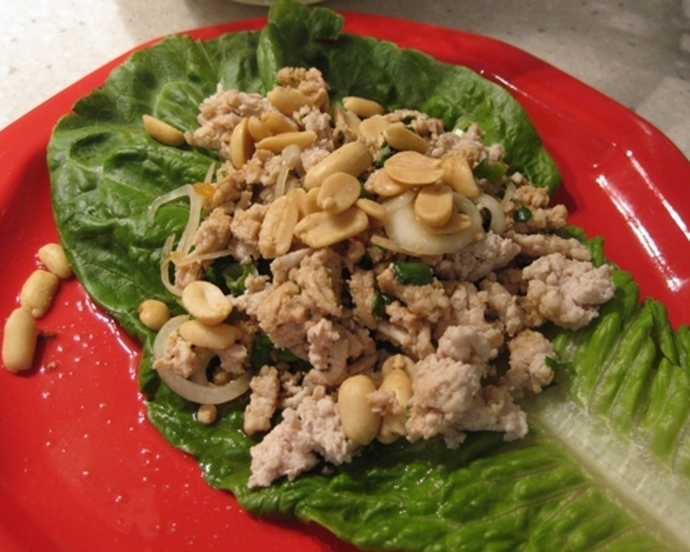 thai,chicken,salad,on,a,bed,of,lettuce