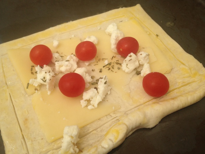 Tomberries, tomato, cheese, puff pastry, tart