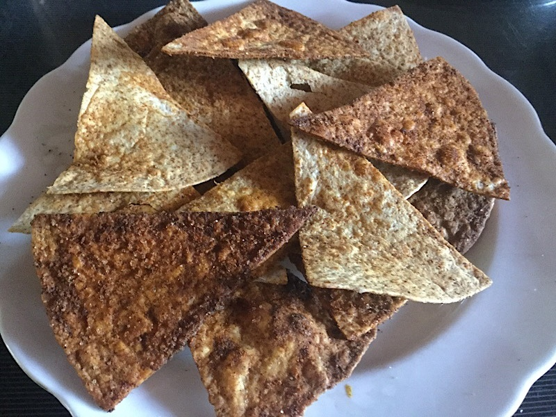 Tortilla chips, paprika, slice, flour tortillas 