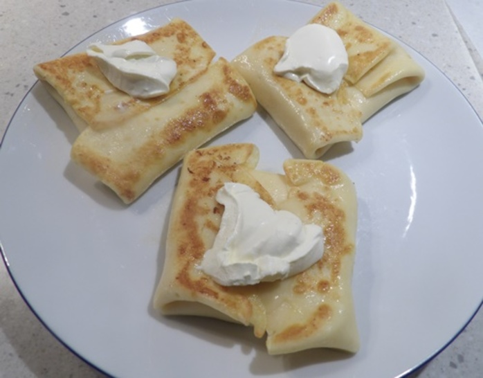 two,cheese,blintzes,crepes