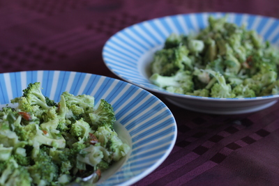 Broccoli salad, bowls