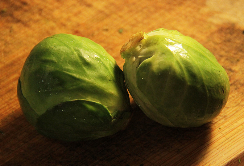 Ricotta, lemon, herbs, tasty starter, yummy, healthy  - Brussels Sprouts Boats