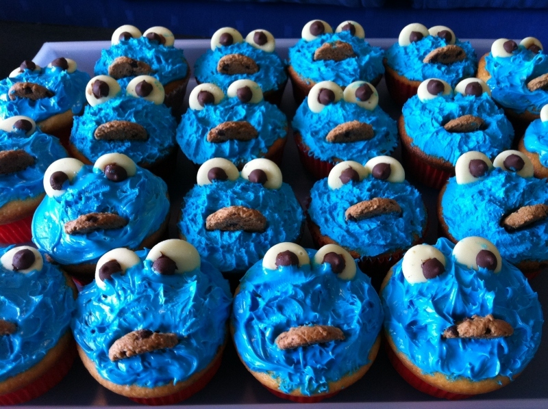 Super Cookie Monster Cupcakes Cakes Birthday Party Birthday Cake Funny Birthday Cards Online Elaedamsfinfo