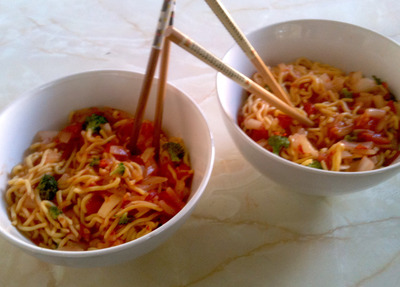 Garlic chilli noodles cooking