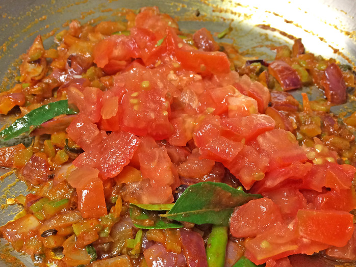Chili mushroom curry with tomato and celery