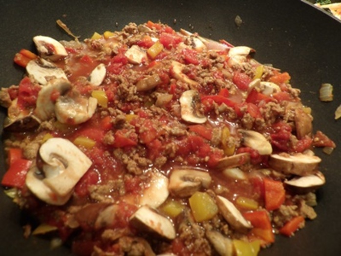 cooking,onions,and,capsicums