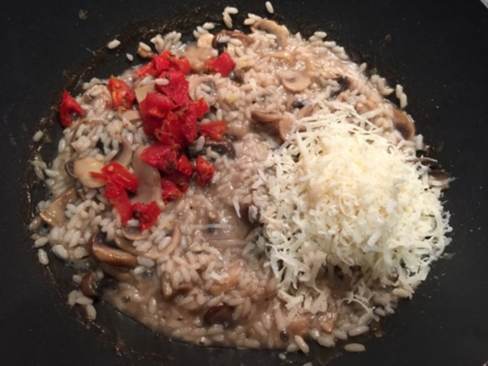 adding,stock,to,risotto