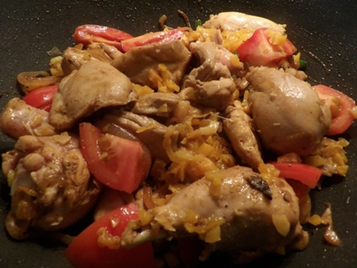 browning,chicken,pieces,for,apricot,chicken,curry