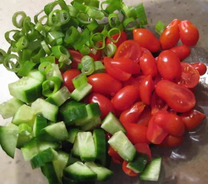 adding,tomatoes,spring,onions