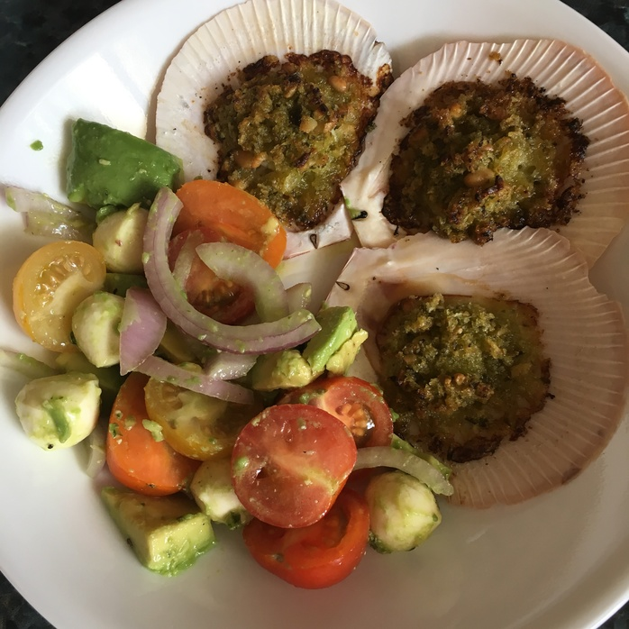 Baked Scallops with Salad