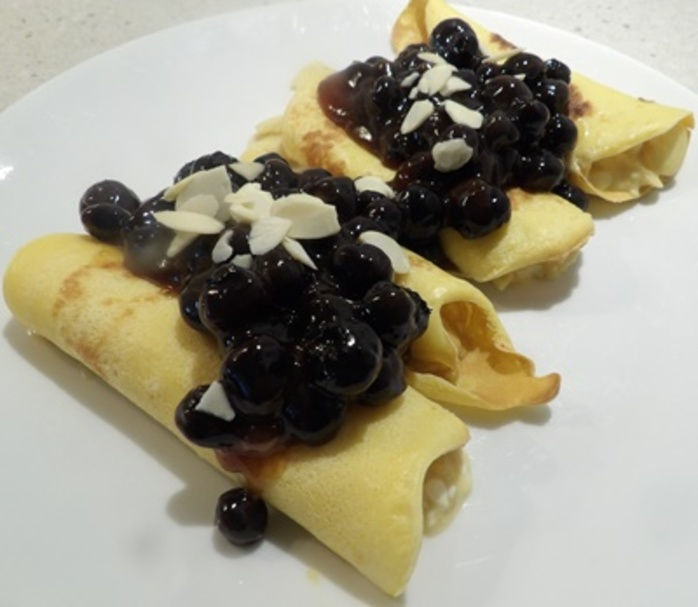 blueberry,crepes,with,cottage,cheese,and,almonds