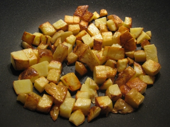 Browned,cubed,potatoes,for,pancetta