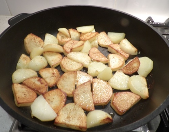 browning,the,potatoes,after,parboiling
