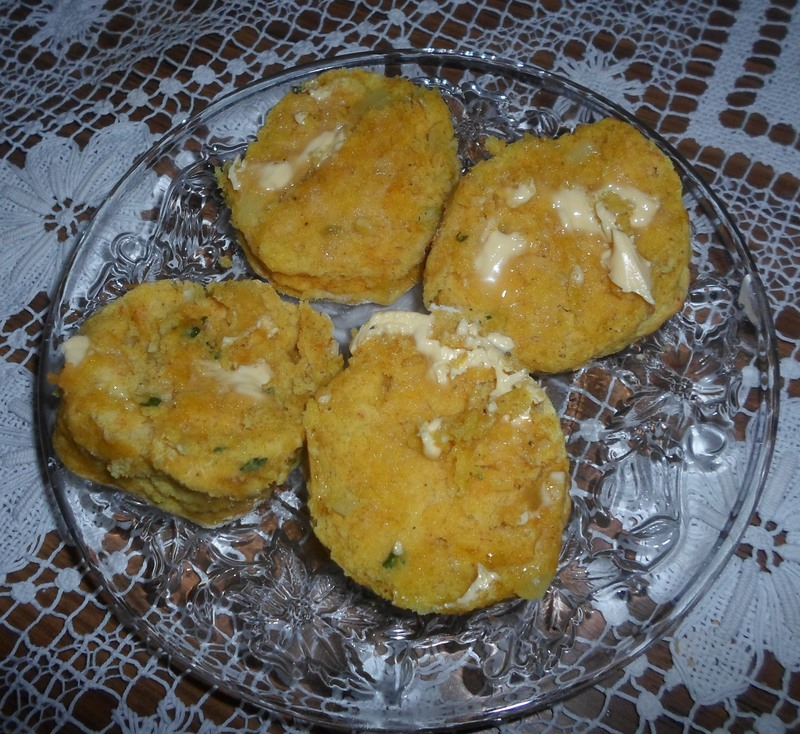 Buttered Curry Scones  - Curry Scones
