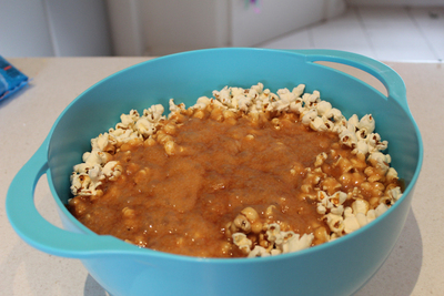 caramel popcorn, party favours, circus party, popcorn, toffee popcorn, at the movies