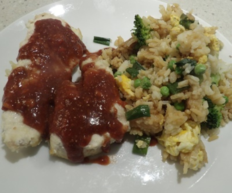 chicken,with,strawberry,sauce,served,with,eggy,rice  - Fried Eggy Rice with Chicken Topped with Strawberry Sauce