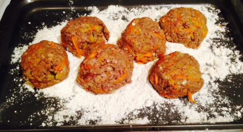 Cooked rissoles with sauce  - Rissoles with Basil Garlic and Tomato Sauce
