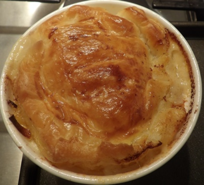 cooked,prawn,pot,pies