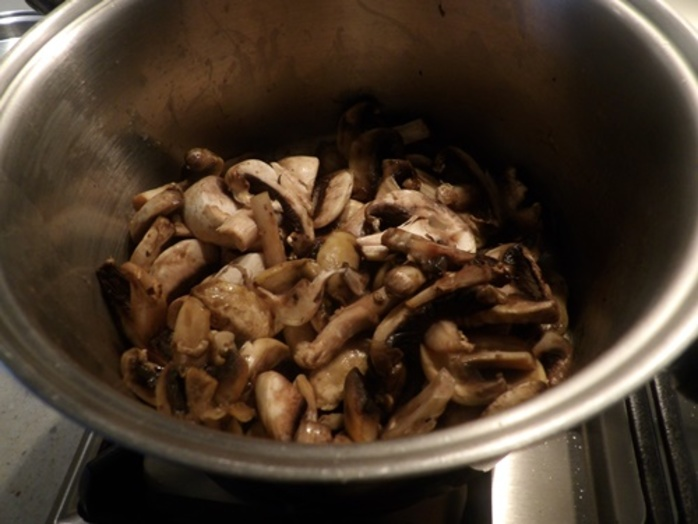 cooking,mushrooms,for,soup