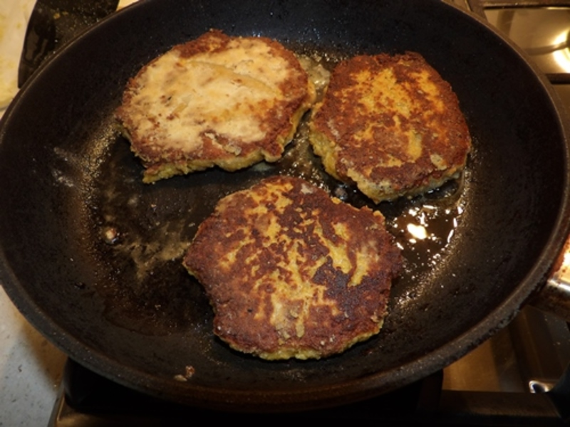 blending,brown,rice,and,peanuts  - Peanut Pattie Hamburger with Home Made Spicy Barbecue Sauce