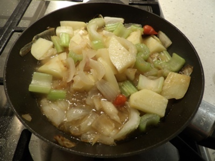 cooking,vegetables,for,salmon,broth
