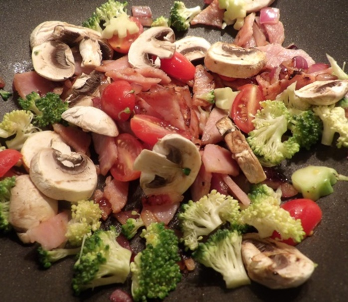 cooking,vegetables,with,bacon