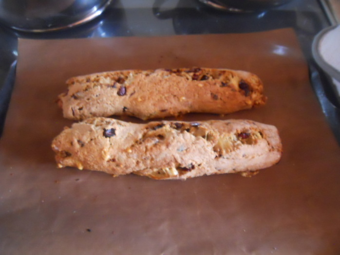 cranberry and stilton biscotti, biscotti, biscuits, cranberries, stilton, cheese