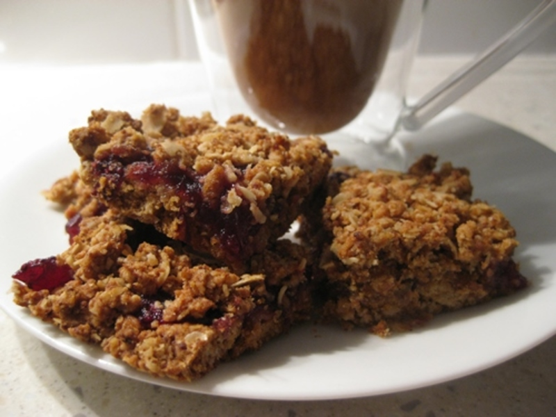 cranberry,sauce,anzac,biscuits  - Anzac Biscuits Filled With Cranberry Sauce