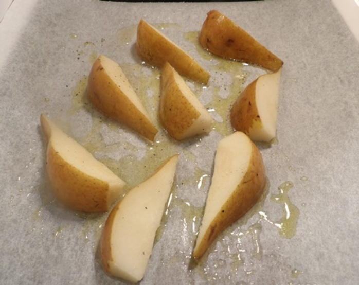 cutting,pears,and,soaking