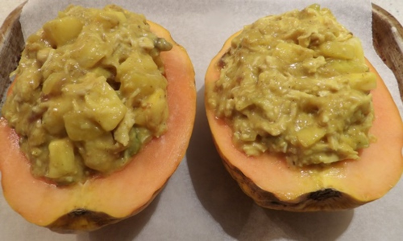 mixing,cream,with,cooked,spinach  - Pawpaw Filled with Chicken Curry Served with Creamy Spinach Mash