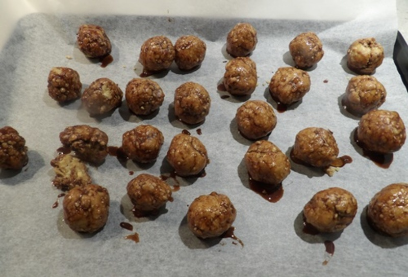 blitzing,cashew,and,oats  - Chocolate Dipped Low Fat Peanut Butter Bliss Balls