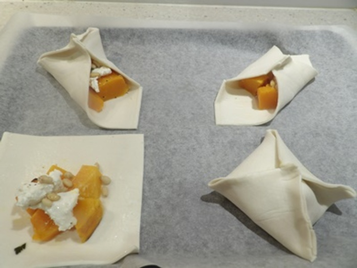 folding,pastry,around,pumpkin,filling