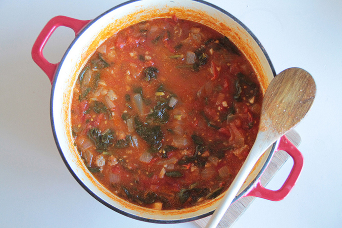 Chopped tomatoes, spinach leaves, healthy tomato and beef sauce