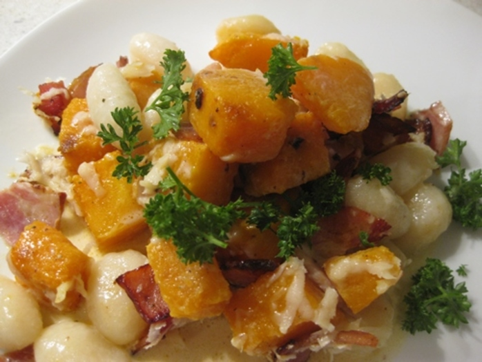 gnocchi,with,bacon,pumpkin,and,parmesan